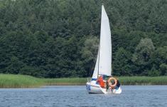 Lato pod żaglami nad jeziorem Pile