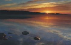 Jezioro Żerdno o świcie