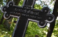Zabytkowy cmentarz ewangelicki w Kosobudach