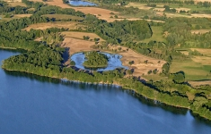 Południowy brzeg jeziora Żerdno
