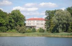 Pałac w Zajezierzu